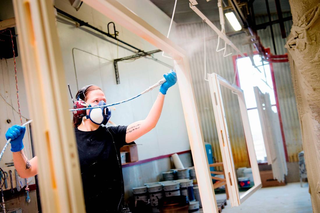Glasklart mÃ¥l för fönsterfabriken i Morup : byta fönster själv : Fönster