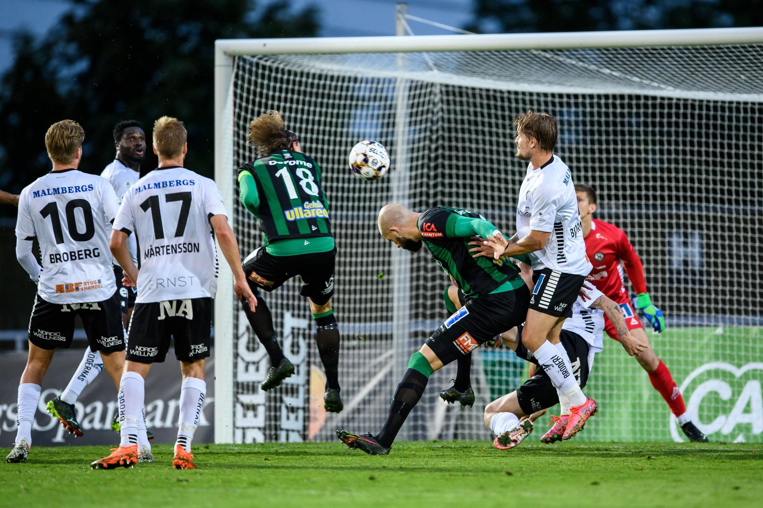 Varbergs Bois tog en sen seger mot Örebro SK